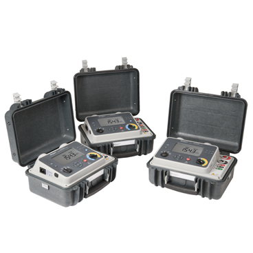 100 A highly portable micro-ohmmeter with DualGround safety
