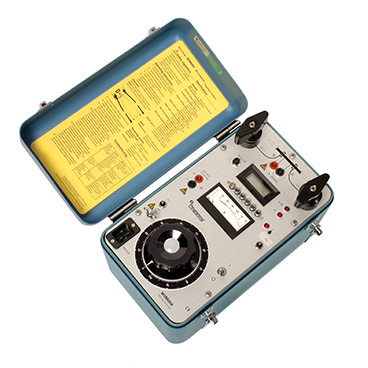 MOM600A - 600 A micro-ohmmeter MOM600A